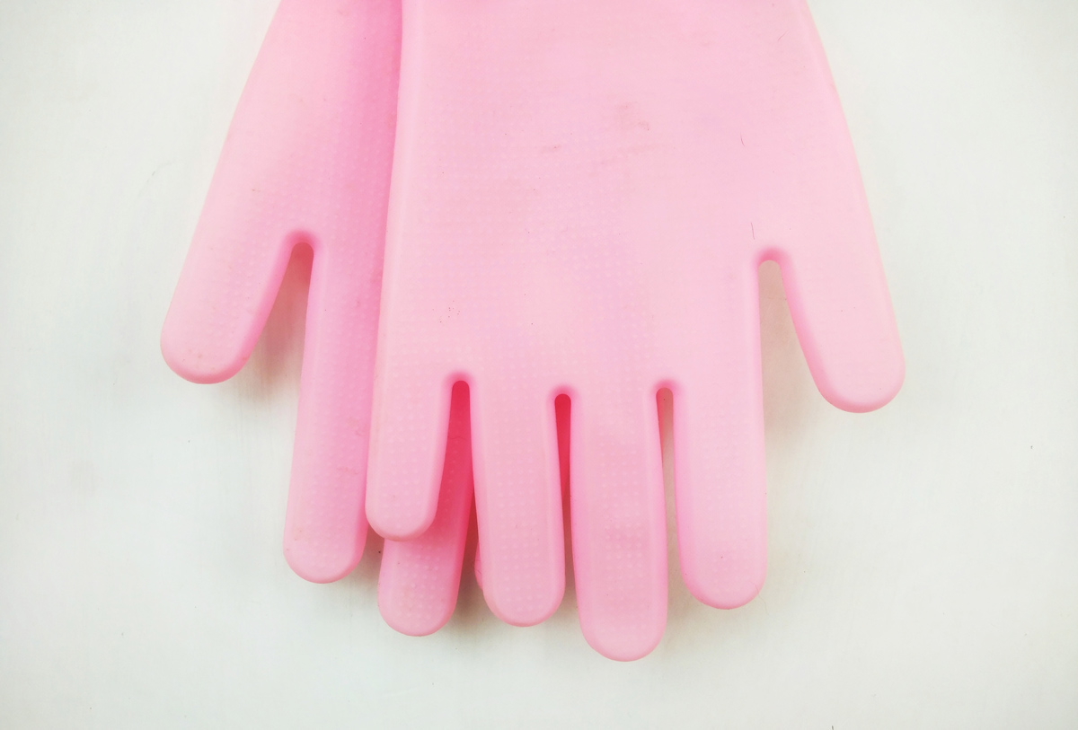 Men created the Pinky Gloves so that you don't have to touch your own period blood. What does it say about period stigma in 2021?